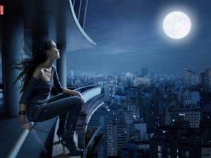 la_mujer_y_la_luna-1024x768